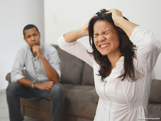 TPM. Você sabia que uma mulher nessa circunstância pode até ser absolvida de um crime ? Entenda.