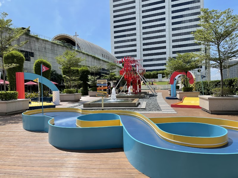 SM Aura opens to the public first roof-deck mini golf course in BGC