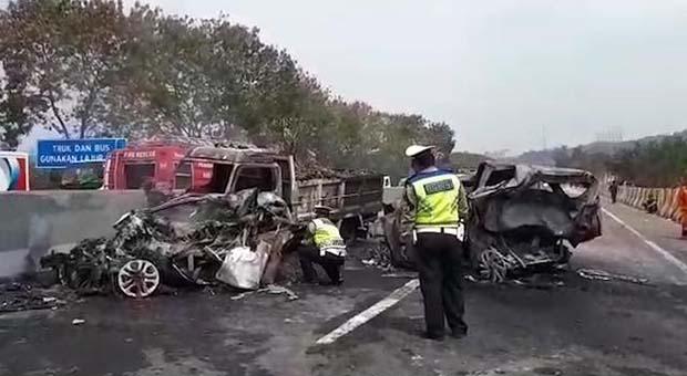 Ridwan Kamil Minta Dishub Analisis Kecelakaan di Tol Cipularang