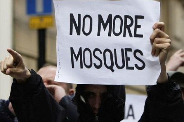 Astaga! 4 Orang Keluarga Muslim Ini Jadi Sasaran Islamofobia, Dibunuh Pakai Cara Ini