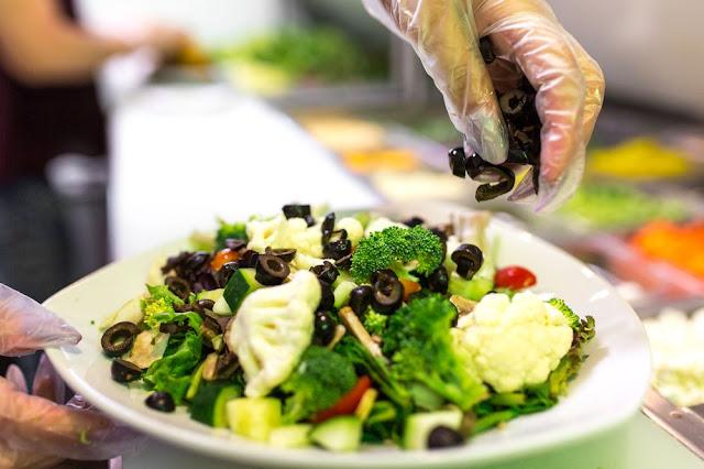 Seven item salad