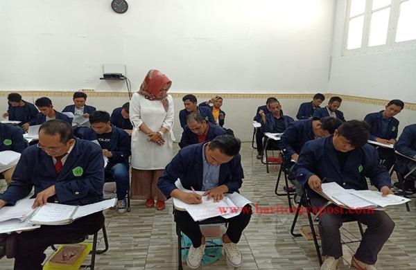 Lapas Pemuda Tangerang Selenggarakan Ujian Akhir Semester Genap Kepada 33 Mahasiswa Kampus Kehidupan