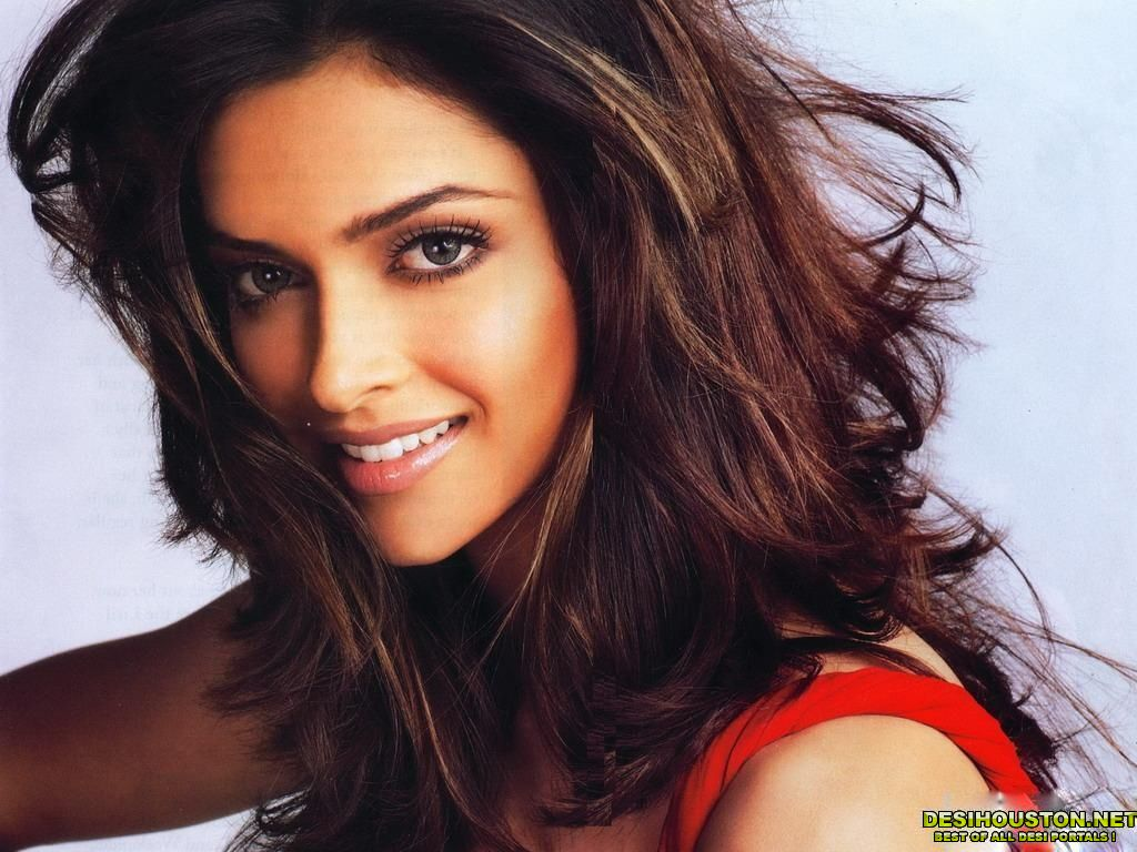 Latest Bollywood Actresses: Top Hd Bollywood Wallapers: Deepika Padukone Hd Wallpapers