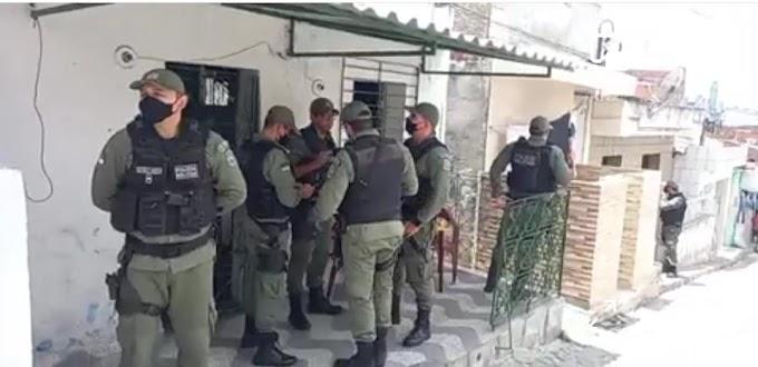 Manhã de domingo com um morto e outro baleado em Caruaru