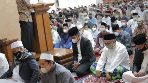 Shalat Ied Idul Adha di Masjid Agung Al Muhsinin Kota Solok