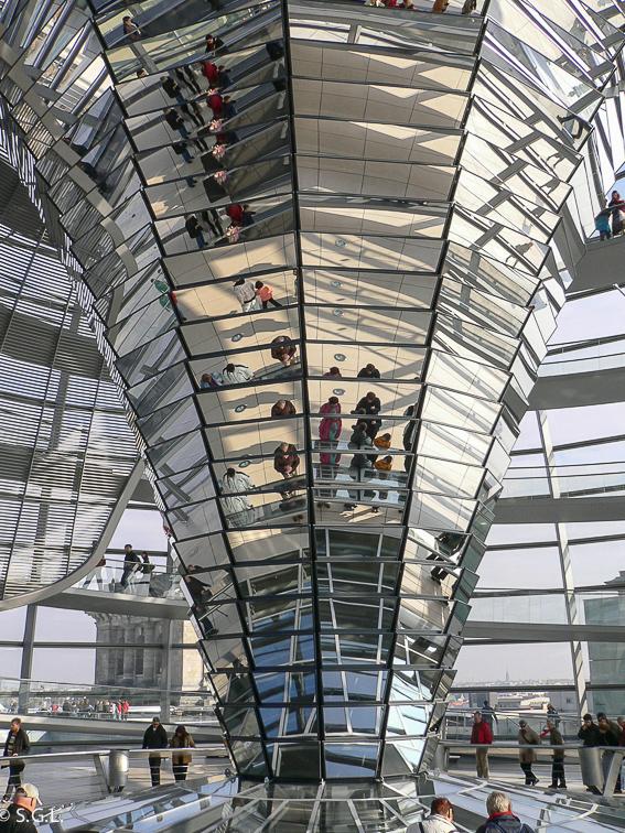 Cupula Norman Foster Reichstag. Berlin en 4 dias