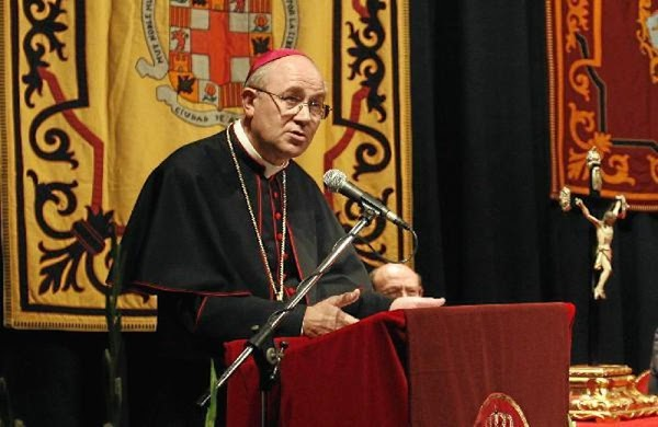"""El obispo de Almería: """"Hay que vivir la Semana Santa como una renovación profunda de la vida cristiana"""""""