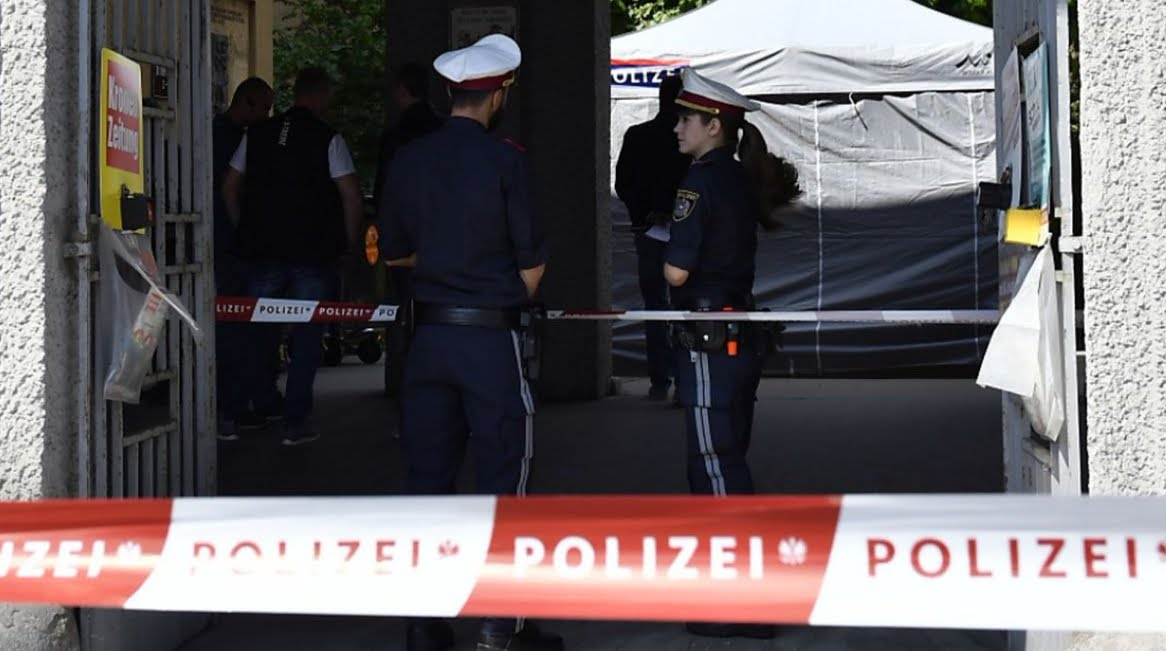 Pazzesco! Trovata bambina di 7 anni morta in un cassonetto della spazzatura a Vienna