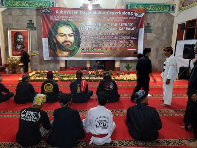 Ritual Asyura Syiah Disertai Sesajen Kemusyrikan di Bandung, Dilabrak Umat Islam