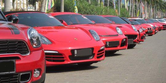 Ini Cara Pemilik Mobil Mewah Di Jakarta Rayakan HUT RI