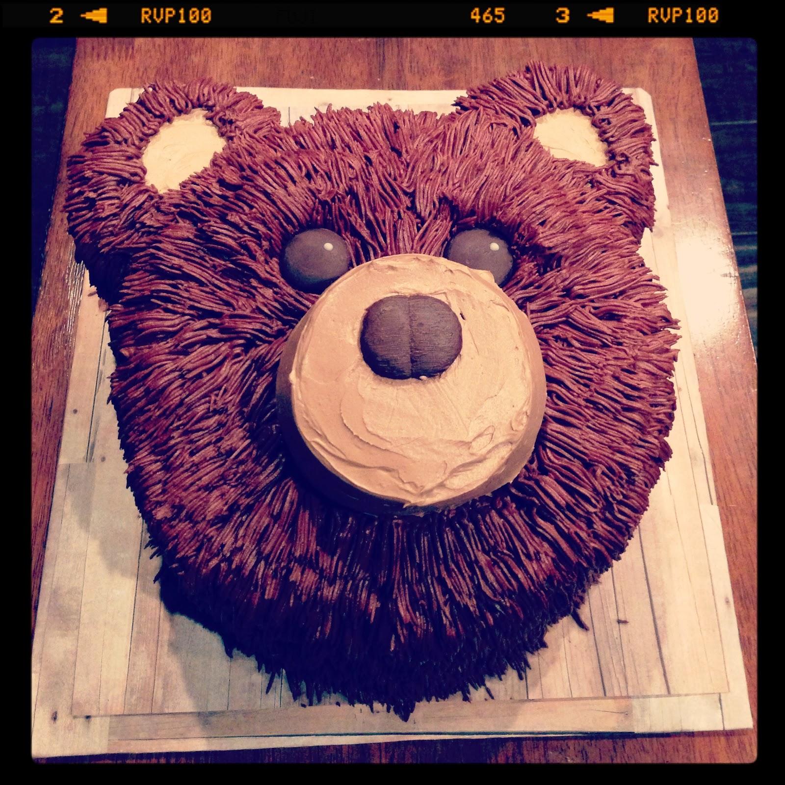 3 Little Things Easy Bear Cake