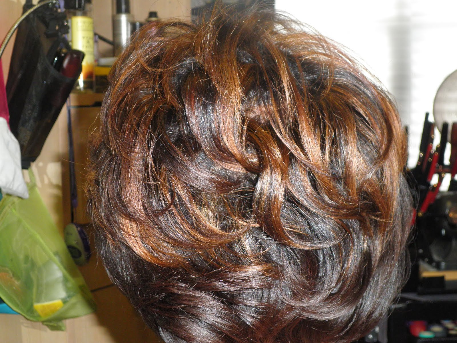 Semi Permanent Hair Color To Tone Down Highlights - Hair ...