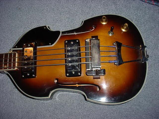 canadian vintage guitar hunt vintage aria violin bass guitar. Black Bedroom Furniture Sets. Home Design Ideas
