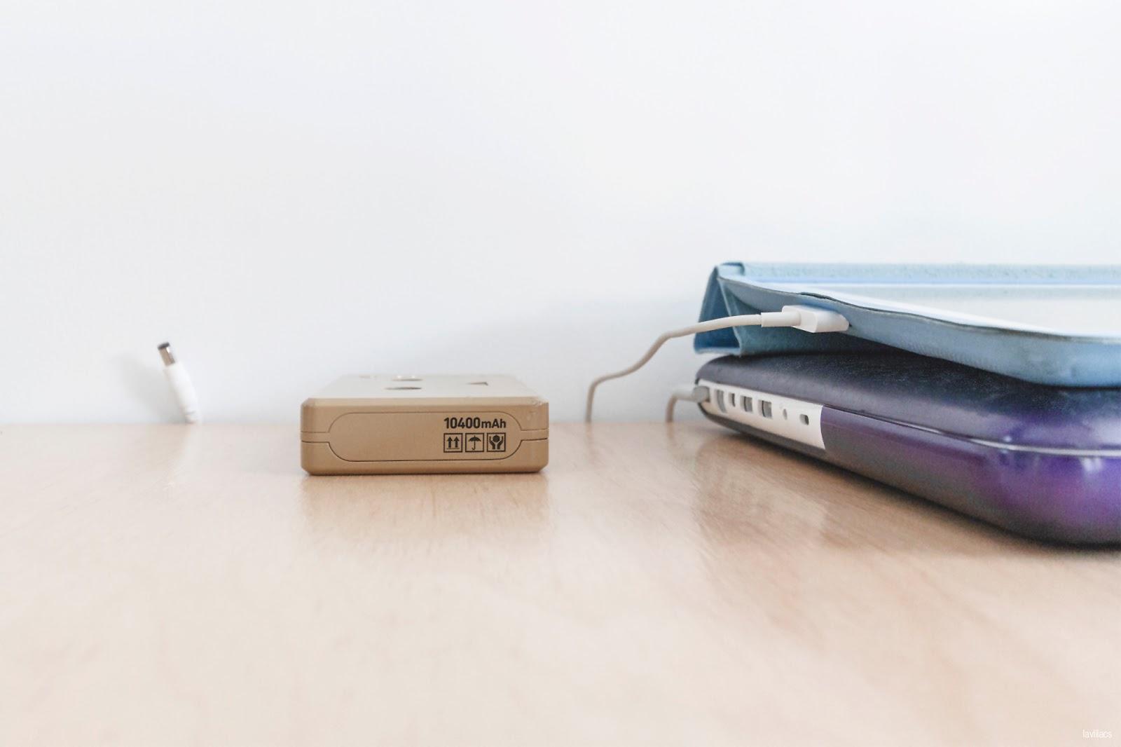 lavlilacs Custom Hairpin Desk cable organization