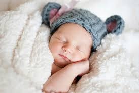 cách giữ ấm cho trẻ sơ sinh khi trời lạnh