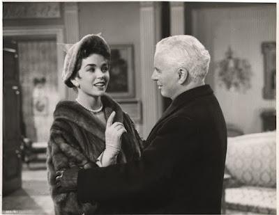 """Доун Аддамс и Чарльз Чаплин в """"Короле в Нью-Йорке"""" (1957)"""