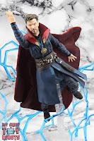 S.H. Figuarts Doctor Strange (Battle On Titan Edition) 22