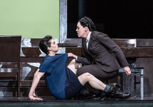 Mozart: La Clemenza di Tito - Emily d'Angelo, Nicole Chevalier - Royal Opera House (Photo ROH/Clive Barda)
