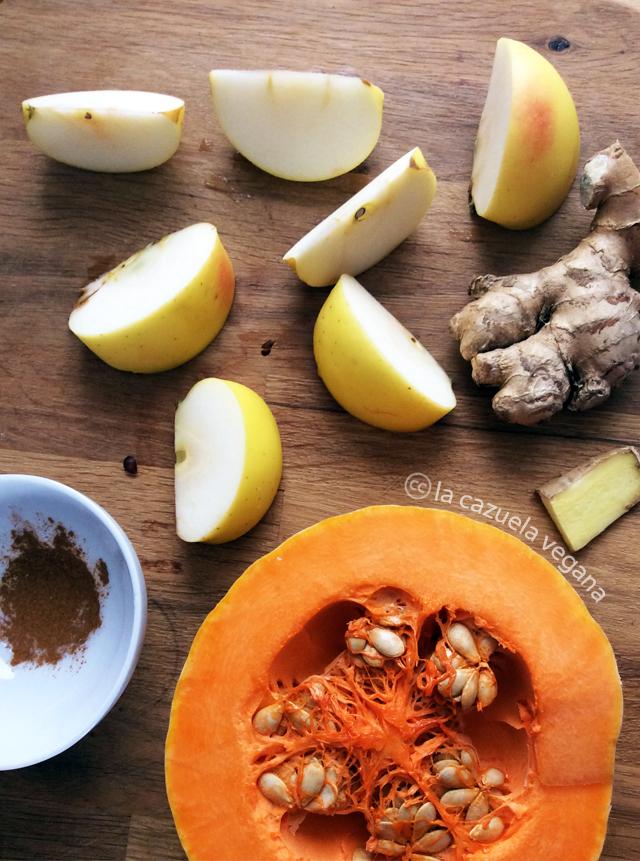 Bebida / Zumo de calabaza, zanahoria, manzana y coco. Vegano.