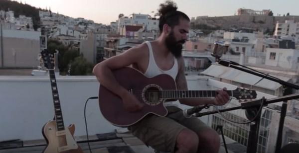 """ΑΝΤΩΝΗΣ ΒΛΑΧΟΣ: Δείτε το video για το νέο του single """"Free Your Mind"""""""