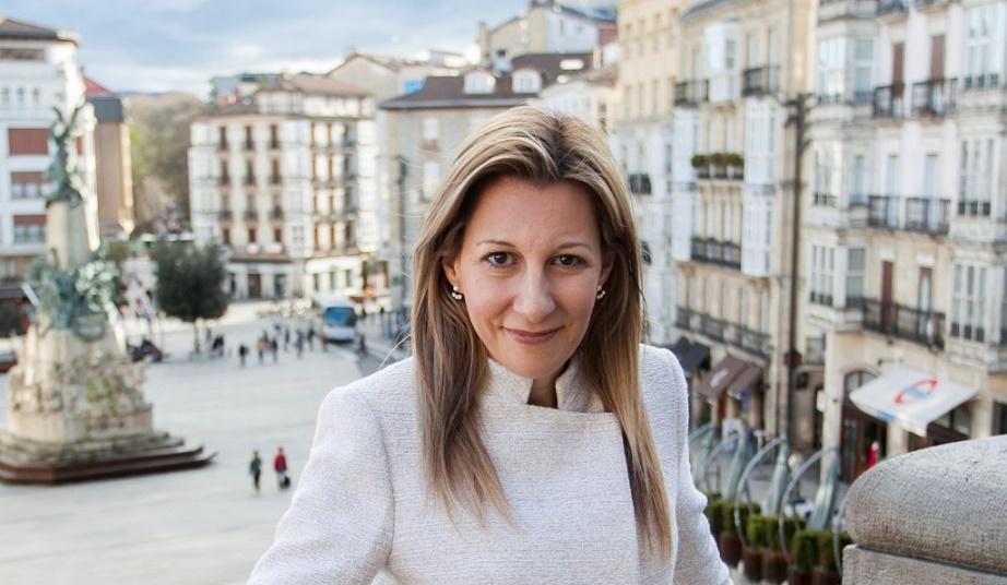 Eva García Sáez de Urturi