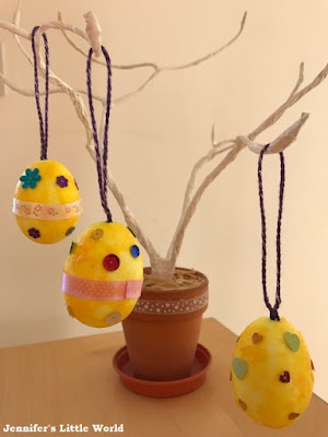 Hanging Easter Eggs decoration craft