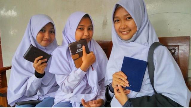 Persahabatan Menuju Surga… Subhanallah, Hafal 20 Juz Al Qur'an dalam 26 Hari