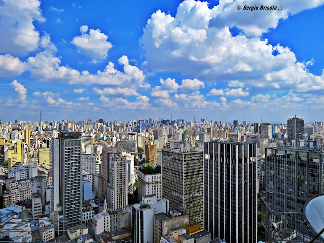 Cityscape dos edifícios da Consolação e Perdizes vistos do mirante do Edifício Altino Arantes - São Paulo