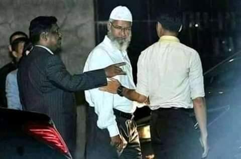 Malamin Addinin Musulunci  Dr.Zakir Naik Ba Dan Ta'adda Bane
