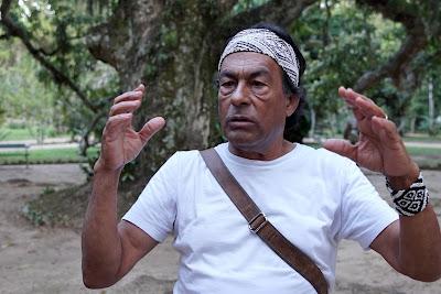 """O líder indígena Ailton Krenak na série """"Cidades Possíveis"""" (Divulgação/Canal Curta!)"""