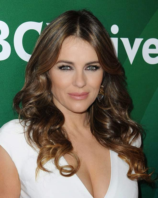 Elizabeth Hurley Latest Cleavage Photo