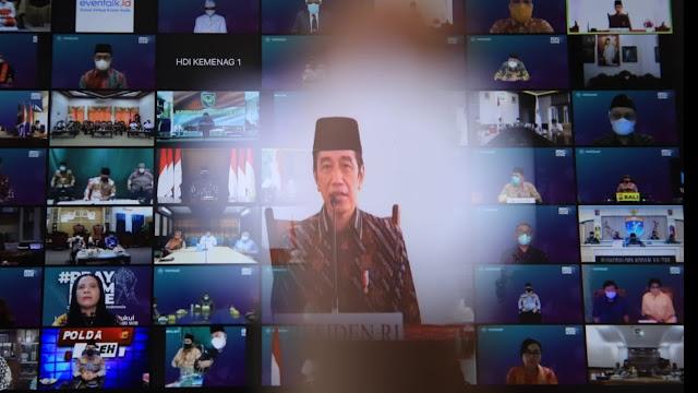 Pray From Home, Jokowi: Mari Tundukkan Kepala Agar Pandemi Segera Berakhir