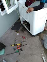 Service Mesin Cuci Ciputat & Tangerang-Jakarta, Musim hujan sudah tiba, mesin cuci sangat dibutuhkan , cucian menumpuk, mesin cuci rusak, ngadat, mati, berisik