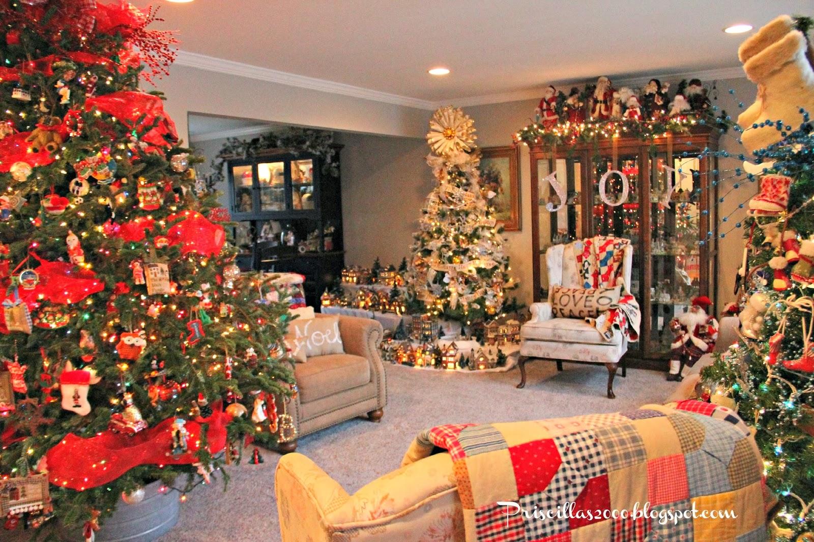 Priscillas: Christmas Living Room 2013