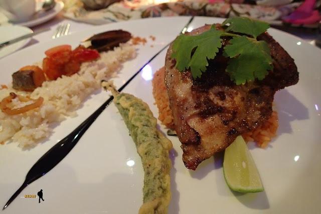 Menikmati Signature Dish Negev : Gastronomy & Art