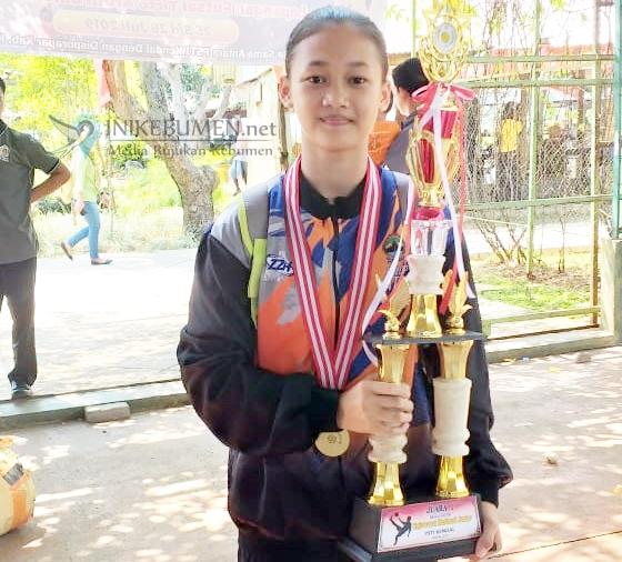 Nurul Ayomi, Anak Petani Buluspesantren Raih Beasiswa Atlet di PPLOP Jateng