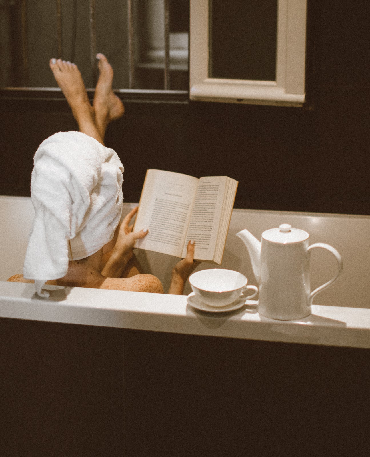 Coronavirus Crisis: 5 Books to Read While You're Self-Isolating at Home