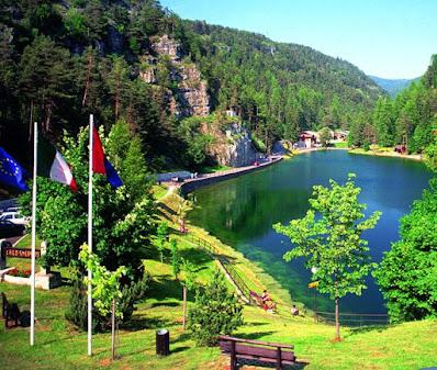 Informaizoni sul lago Smeraldo di Fondo (Trento) Uno dei piu' bei laghi in Italia
