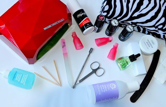 akcesoria do manicure hybrydowego