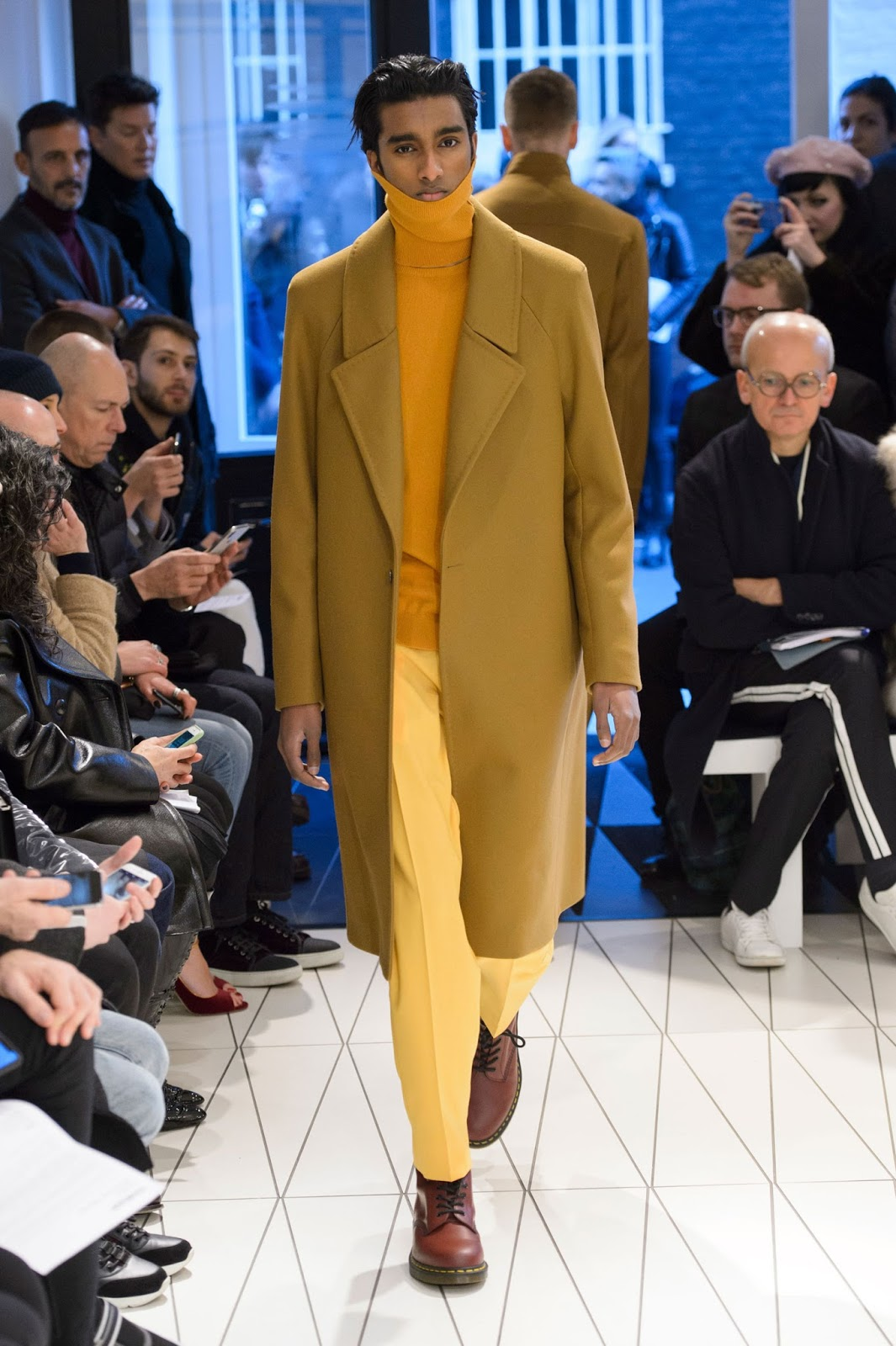 63859d4dd5d6 While surfing on internet today I found this inspiring menswear collection  from the British-Turkish fashion designer Hussein Chalayan for the season  Fall ...