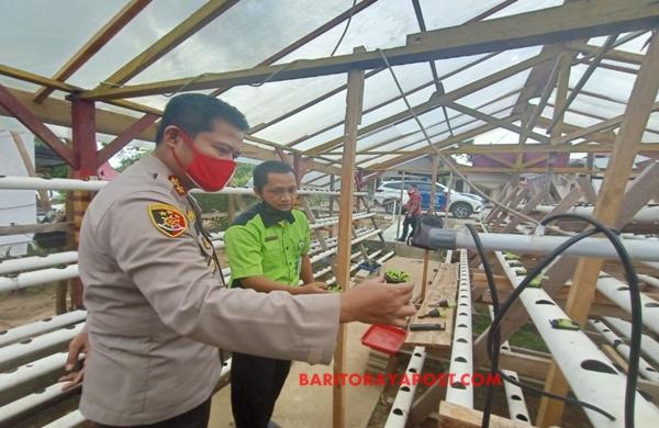 Kapolres Bartim Tinjau Green House dan Siap Mendukung Program Ketahanan Pangan
