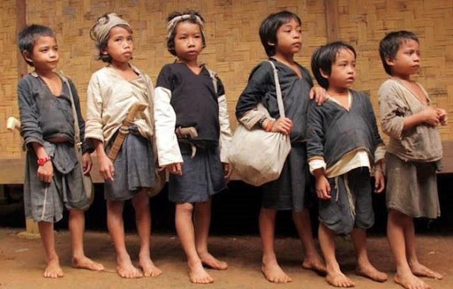 warna baju Suku Baduy Dalam dan Baduy Luar