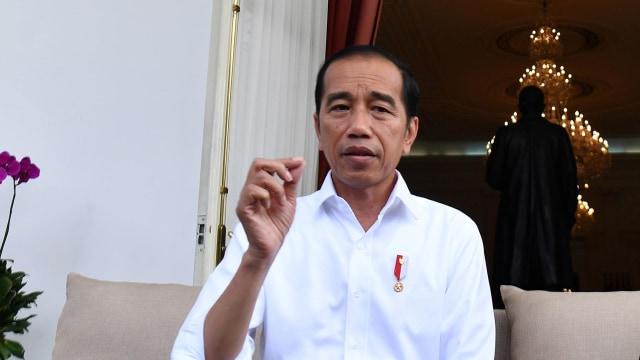 Jokowi Minta Semua Pihak Untuk Tidak Panik Dalam Menghadapi Corona