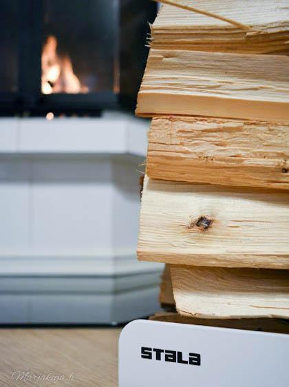 stala wood rack puunkantoteline