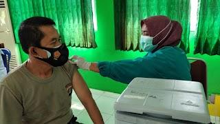 50 Personel Polres Tanggamus Divaksin Dosis Pertama di RSUD Batin Mangunang