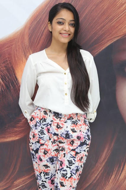Actress Janani Iyer Latest Cute Pics At Movie Event Actress Trend