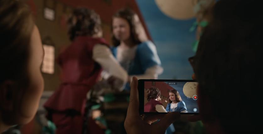 Canzone Apple IPhone 7 pubblicità Romeo e Giulietta - Musica spot Dicembre 2016