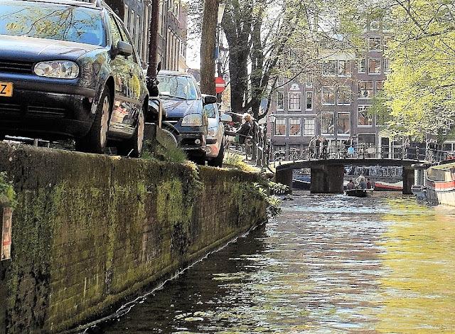 parkera bil i Amsterdam