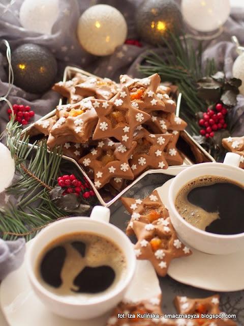 ciasteczka kruche, gwiazdki kawowe, ciastka z kawa, lukier kawowy, ciasteczka nadziewane, kawa zbozowa, kruche ciasto, swieta, boze narodzenie, swiateczny deser