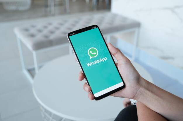cara-membagikan-lokasi-anda-di-whatsapp
